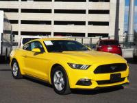 Triple Yellow Tri-Coat 2015 Ford Mustang EcoBoost RWD