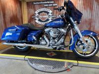 2015 Harley-Davidson Street Glide the Cameras on this