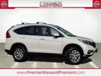 Clean CARFAX. White Diamond Pearl 2015 Honda CR V EX L