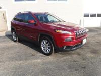 Get the BIG DEAL on this amazing 2015 Jeep Cherokee