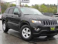***** GREAT VALUE PRICED TO MOVE ***** This 2015 Jeep