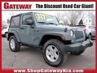 Recent Arrival! Clean CARFAX.Anvil Clearcoat 2015 Jeep