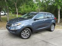 Options:  2015 Kia Sportage Lx|This 2015 Kia Sportage