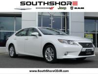 New Price! CARFAX One-Owner. 2015 Lexus ES 350 White