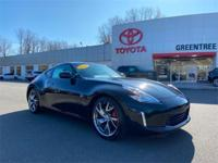 CARFAX One-Owner. 2015 Nissan RWD magnetic black