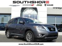 Recent Arrival! CARFAX One-Owner. 2015 Nissan