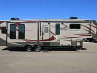 2015 Sanibel 3050 2015 Sanibel 3050 Fifth Wheel Fifth