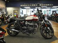 2015 Triumph Bonneville Newchurch BEAUTIFUL BIKE!