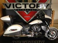 2015 Victory Cross Country Tour HUGE CARGO SPACE! Hit