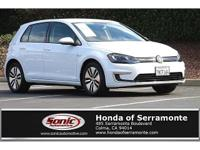 15 VOLKSWAGEN E GOLF, CLEAN CARFAX, ONE OWNER,
