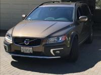 This exceptional low mileage 2015 Volvo XC70 T6  AWD