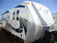 Arctic Fox 25Y The TRUE 4 season coach, built to