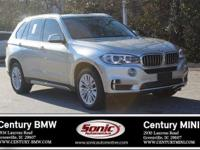 Boasts 25 Highway MPG and 18 City MPG! This BMW X5
