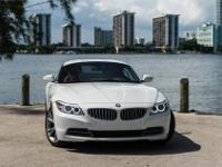 2016 BMW Z4 sDRIVE 35I CONVERTIBLE.  ALPINE WHITE WITH