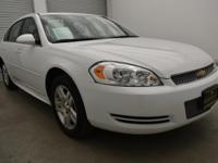 FUEL EFFICIENT 30 MPG Hwy/18 MPG City! CARFAX 1-Owner.