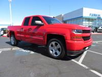 Come see this 2016 Chevrolet Silverado 1500 Custom. Its