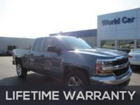 EPA 24 MPG Hwy/18 MPG City! CARFAX 1-Owner, Excellent