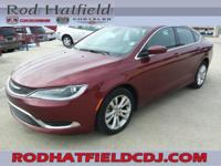 Maroon 2016 Chrysler 200 Limited FWD 9-Speed 948TE