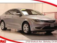 AUTOMATIC 2.4L - BACKUP CAMERA - CLEAN CARFAX -