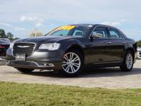 2016 Chrysler 300C Luxury Sedan in Granite Crystal