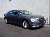 2016 Chrysler 300 Limited in Gray... ATTENTION!!!