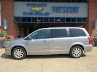 2016 Chrysler Town & Country Gray Touring FWD 3.6L