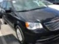 Brilliant Black Crystal Pearlcoat 2016 Chrysler Town &