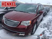 Options:  2016 Chrysler Town & Country Touring|Deep