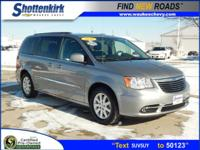 Options:  2016 Chrysler Town & Country Touring|Touring