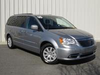 ++ CLEAN CARFAX ++ TOWN & COUNTRY TOURING ++ 3.6L V6 ++