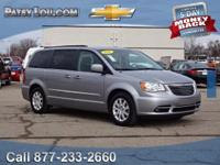 2016 Town & Country Touring - Clean CARFAX One Owner