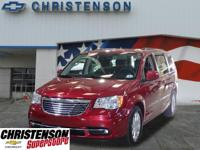 2016+Chrysler+Town+%26+Country+Touring+In+Deep+Cherry+R