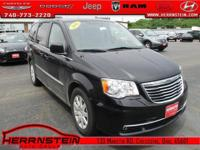 Leather. Town & Country Chrysler 3.6L 6-Cylinder SMPI