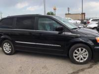 Options:  2016 Chrysler Town & Country Touring||1St|2Nd