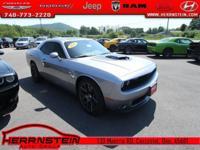 Challenger Dodge HEMI 5.7L V8 VVT 15/23mpg Awards: * JD