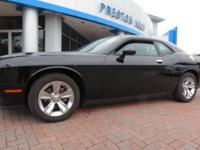 2016 Dodge Challenger SXT RWD Black 8-Speed Automatic