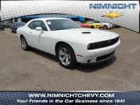 FUEL EFFICIENT 30 MPG Hwy/19 MPG City! CARFAX 1-Owner,