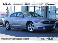 Boasts 31 Highway MPG and 19 City MPG! This Dodge