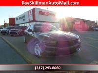 FUEL EFFICIENT 31 MPG Hwy/19 MPG City! SE trim. Keyless