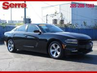 Pitch Black Clearcoat 2016 Dodge Charger SXT RWD