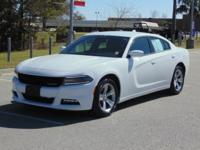 Options:  2016 Dodge Charger 4Dr Sdn Sxt Rwd Used|White