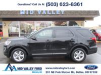 **** 4WD * REAR VIEW CAMERA * NAVIGATION * 18 in