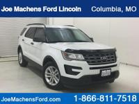 CARFAX REPORT IS CLEAN!  4D Sport Utility, 6-Speed