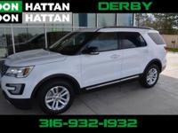 CARFAX One-Owner. White 2016 Ford Explorer XLT FWD