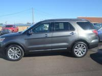 Nav! Right SUV! Right price! This fantastic-looking