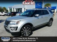4WD, CarFax One Owner! Navigation, Bluetooth, Heated