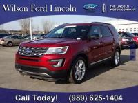 Local Trade-in!!! 2017 Ford Explorer XLT 4WD in