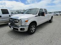 Options:  2016 Ford F-250 Lariat|White Platinum