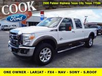 * ONE OWNER!! * - ONLY 9K MILES!! - LARIAT - FX4 -
