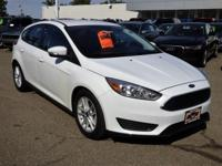 Options:  2016 Ford Focus 5Dr Hb Se Used|White 4 Doors
